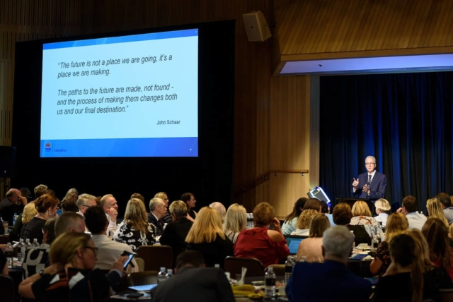 Mark Scott promoting leadership to school principals
