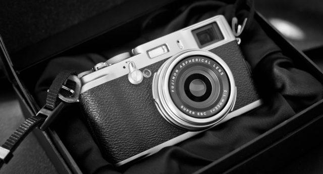 professional mirrorless photography